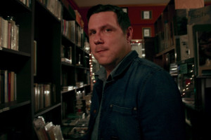 damien-jurado-on-his-seven-favorite-records-visions-of-us-on-the-land-maraqopa-new-album-1024x683
